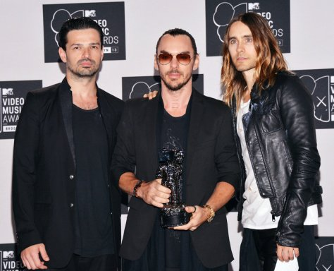 Source: http://www.mtv.com/artists/thirty-seconds-to-mars/photos/8988323/